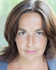 MARTINE GUILLAUD est Coach, comédienne, metteur en scène.